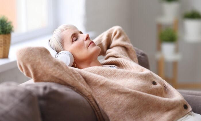 Roughly 40 to 70 percent of adults over 60 report sleep problems. (Evgeny Atamanenko/Shutterstock)