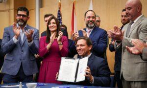 DeSantis Signs Bill to Stop Big Tech Censorship of Floridians