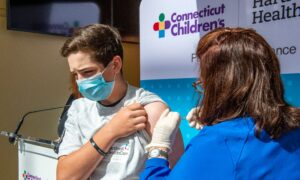 Doctors, Parents Sue HHS Over COVID-19 Vaccine Emergency Use Authorization in Children Under 16