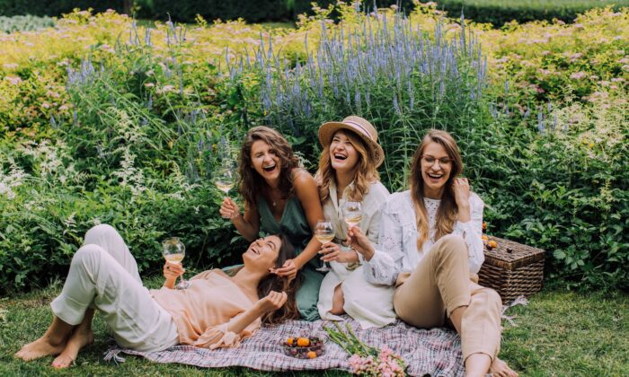 Having friends and mentors who really understand you can give you support and an antidote to the stress of life. (Elly Fairytale/Pexels)