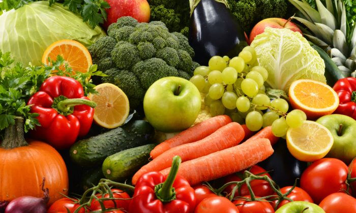 Researchers have linked eating fruits and vegetables to mental wellbeing. (monticello/Shutterstock)