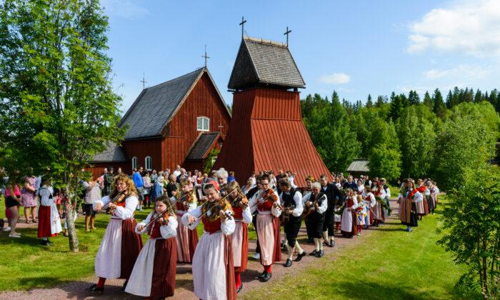 Celebrating midsummer in Evertsberg, Sweden, on June 21, 2013. (Kedardome/ Shutterstock)