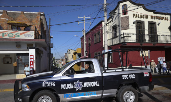 In Mexico, Cartels Are Hunting Down Police at Their Homes