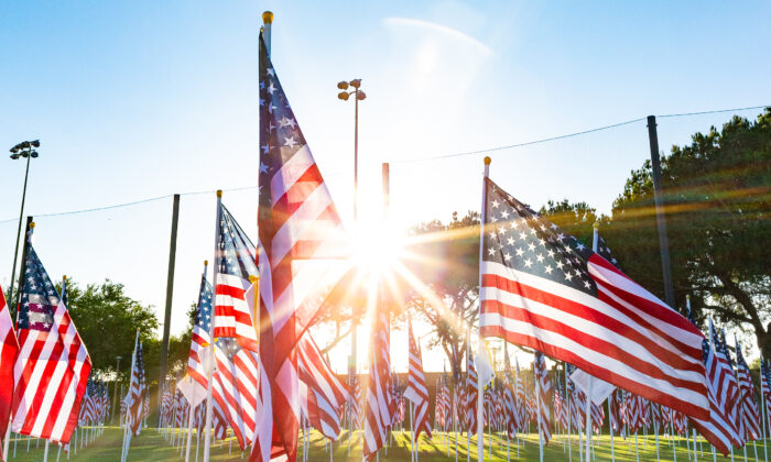 Flags are set on display at the 2020 Orange Field of Valor, in Handy Park in Orange, Calif., on Nov. 9, 2020. (John Fredricks/The Epoch Times)