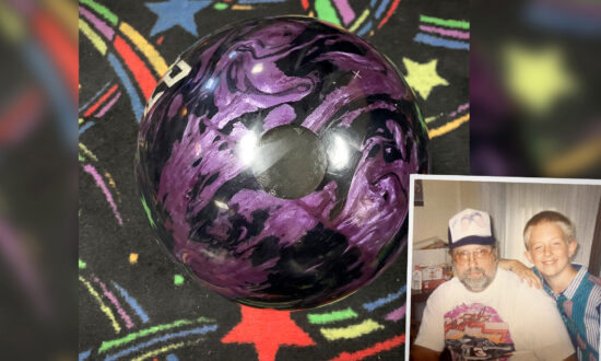 Bowling Champ Scores Perfect 300 With Ball Containing Dad's Ashes During League Night Game