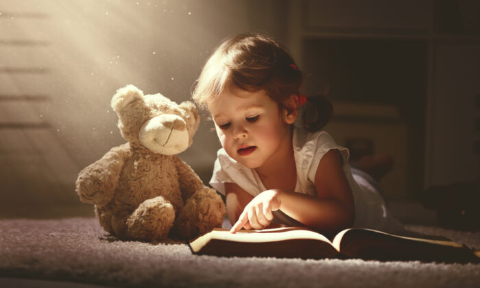 Living books bring the subject to life. (Evgeny Atamanenko/Shutterstock)