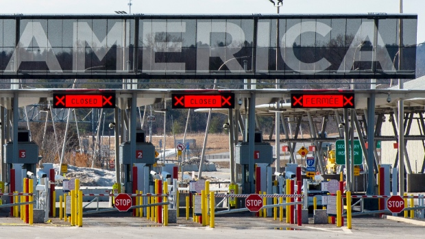 The United States border crossing is seen on March 18, 2020 in Lacolle, Que. (The Canadian Press/Ryan Remiorz)