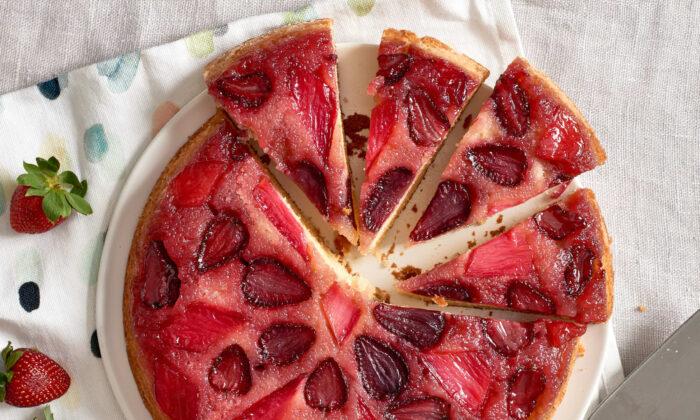 This cake lends itself toward any fruit that cooks up well. (Joe Lingeman/TNS)