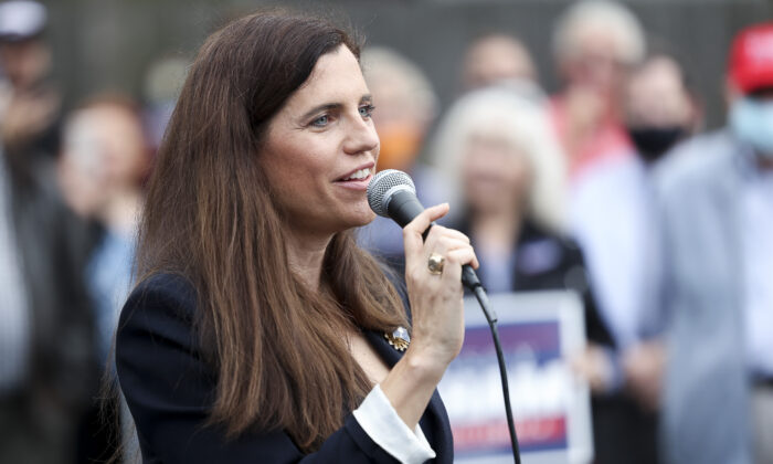 Then-congressional candidate Nancy Mace speaks to a crowd in Charleston, S.C., on Oct. 31, 2020. (Michael Ciaglo/Getty Images)