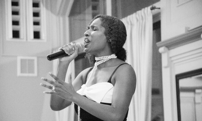 Singer and veteran Takosha Swan. (Takosha Swan)