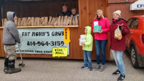 Monn donate meals to students