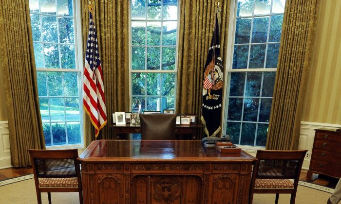 Which president's literary legacy had the most impact? The Oval Office of the White House in 2010. (Jewel Samad/AFP via Getty Images)
