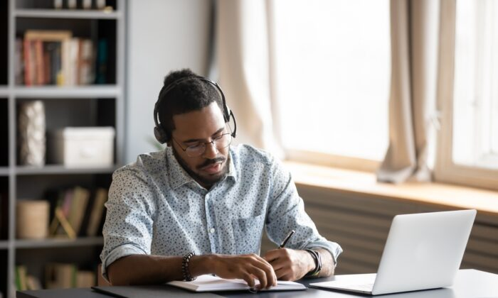Dopamine is associated with the ability to focus, experience pleasure, and maintain attention span. (fizkes/Shutterstock)