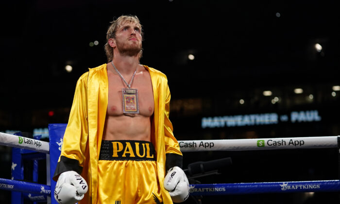 Logan Paul stands in the ring prior to an exhibition boxing match against Floyd Mayweather Jr. (not pictured) at Hard Rock Stadium in Miami, Fla., on Jun 6, 2021. (Jasen Vinlove-USA TODAY Sports)