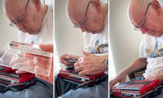 85-Year-Old Man Finds Cassette Tape of Late Mom Singing to Him, Recorded 40 Years Ago