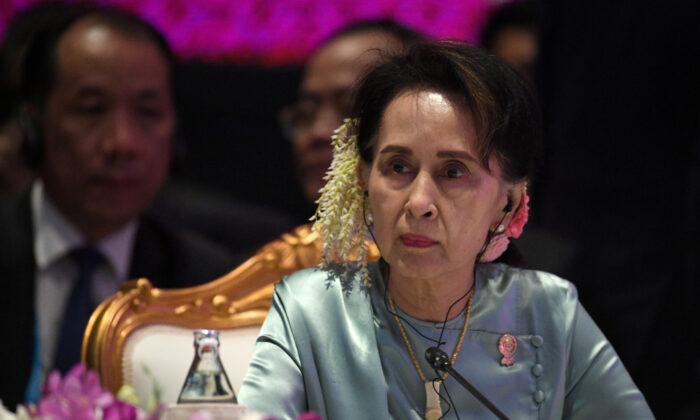 State Counsellor of Burma Aung San Suu Kyi attends the 22nd ASEAN Plus Three Summit in Bangkok, Thailand, Nov. 4, 2019. (Chalinee Thirasupa/Reuters)