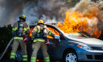 Diners Rush to MoveTheir Vehicles Before Car Bursts Into Flames in Parking Lot