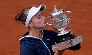 Barbora Krejcikova Wins 1st Grand Slam Title at French Open