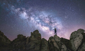 Man Captures Mesmerizing Photos of the Milky Way: 'There's Something Very Special About It'