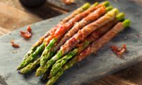 Keep It Simple With 3-Ingredient Asparagus Wraps