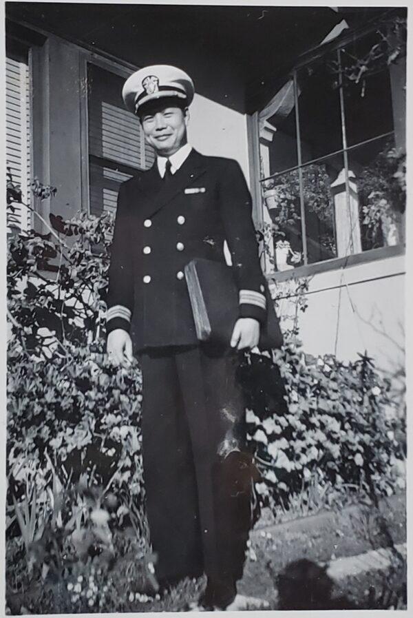 Photo 8_Dad in uniform standing