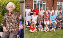 Great-Great-Great-Grandmother With 92 Grandchildren Celebrates Her 100th Birthday
