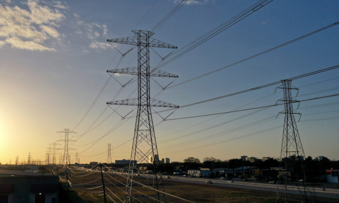 High voltage transmission towers in Houston, Texas, on Feb. 21, 2021. (Justin Sullivan/Getty Images)