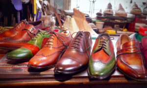 Man Teaches Himself to Handcraft Incredible Leather Shoes—Ends Up Selling Them to Royalty