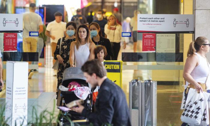 People are seen in  Westfield  Bondi Junction in Sydney, Australia on Dec. 21, 2020.(enny Evans/Getty Images)