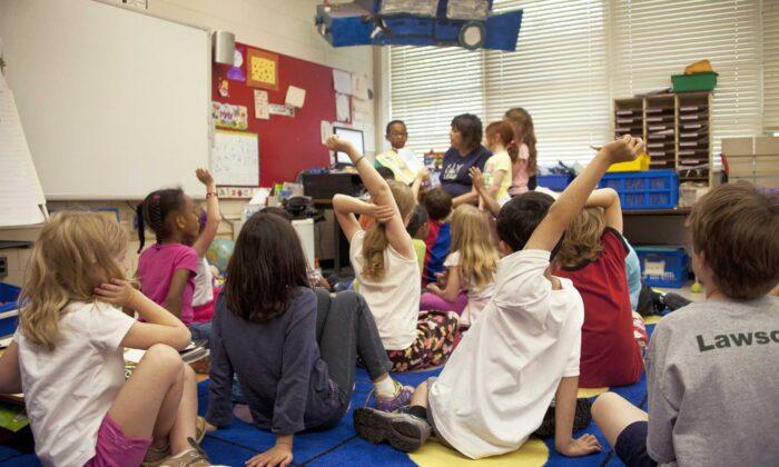 Children attend a class in a metropolitan Atlanta, Georgia primary school in this file photo. (CDC/Unsplash)
