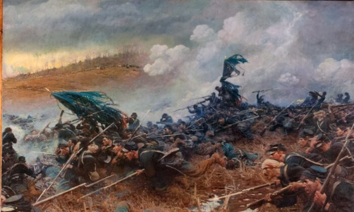 """""""The Battle of Nashville,"""" circa 1906, by Howard Pyle. Oil on canvas; 6 feet 8 inches by 8 feet 4 inches. Governor's Reception Room at the Minnesota State Capitol. (CC BY-SA 2.0)"""
