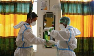 Hundreds of Vaccinated Indonesian Health Workers Get COVID-19, Dozens in Hospital