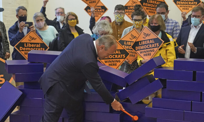 Liberal Democrat leader Ed Davey during a victory rally at Chesham Youth Centre in Chesham, England, on June 18, 2021. (Steve Parsons/PA via AP)