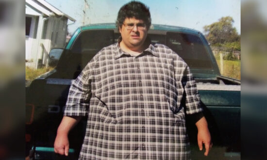 460lb Man Who Spent Days in Bed Loses 39 Percent of Bodyweight Through Diet and Walking