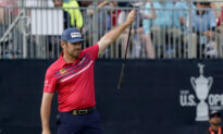 The Eagle Lands at Torrey Pines for Oosthuizen, Hughes