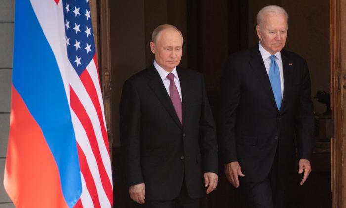 Russian President Vladimir Putin (L) and U.S. President Joe Biden arrive for a summit at Villa La Grange in Geneva on June 16, 2021. (Saul Loeb/Pool/AFP via Getty Images)