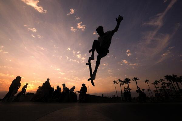 skateboarding-in-sunset