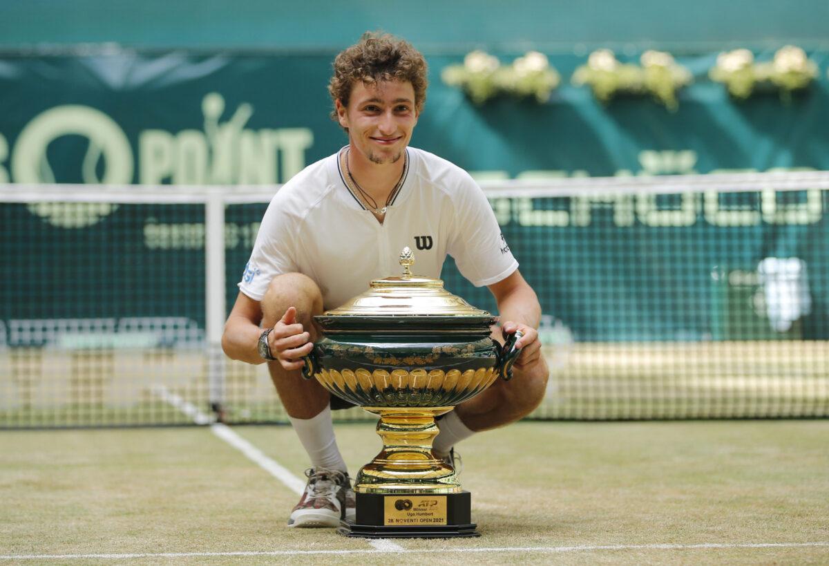ugo-humbert-poses-with-trophy