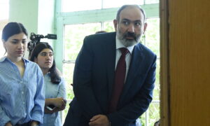 Armenia's Acting Prime Minister Keeps Power, Bolsters Authority Despite Military Defeat