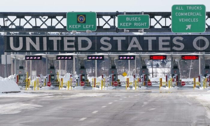 The border crossing into the United States is seen during the COVID-19 pandemic in Lacolle, Que. on February 12, 2021. (The Canadian Press/Paul Chiasson)