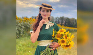 Photos: Ukraine-Based Dancer Dresses in 19th-Century Vintage Clothing Every Day