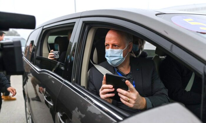Peter Daszak speaks to media upon arriving at the Wuhan Institute of Virology in Wuhan in China's central Hubei Province on Feb. 3, 2021. (Hector Retamal/AFP via Getty Images)