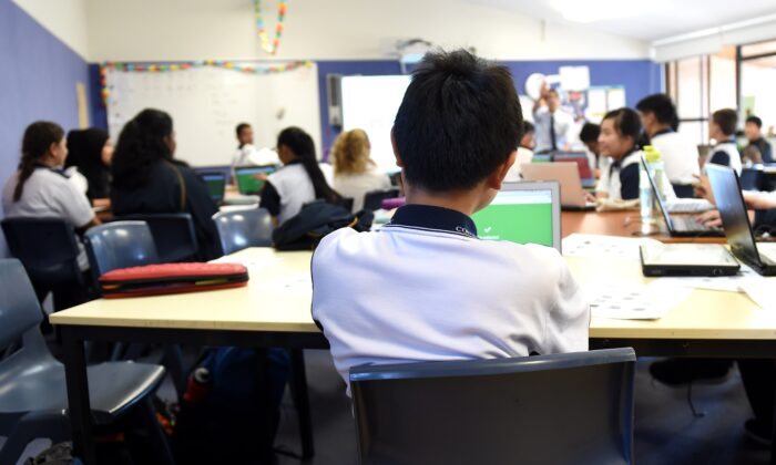 Students attend a class at Alexandria Park Community School in Sydney, Australia on May 4, 2016. (AAP Image/Paul Miller)