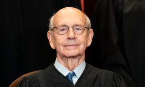 Breyer, Top Liberal Supreme Court Justice, Hasn't Decided on Retirement