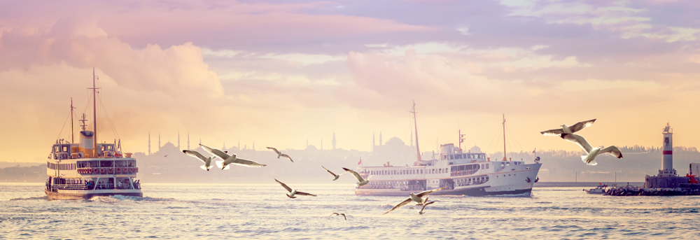 Panorama,Of,Istanbul,In,The,Morning,Haze,-,Steamships,And