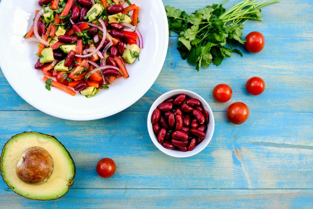 Healthy,Natural,Vegetarian,Or,Vegan,Fresh,Avocado,And,Kidney,Bean
