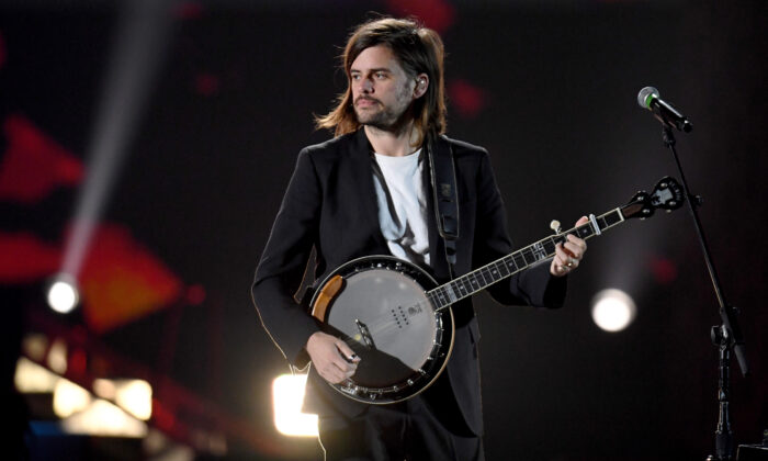 Winston Marshall of Mumford & Sons performs onstage during the 2019 iHeartRadio Music Festival at T-Mobile Arena in Las Vegas, Nev. on Sept. 21, 2019. (Ethan Miller/Getty Images)