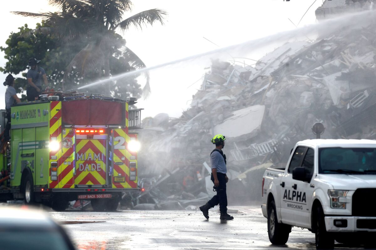 ambulence at collapsed florida condo