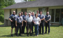 Video: Officers Fix Elderly Couple's Roof After Contractor Scams Them Out of $33,000
