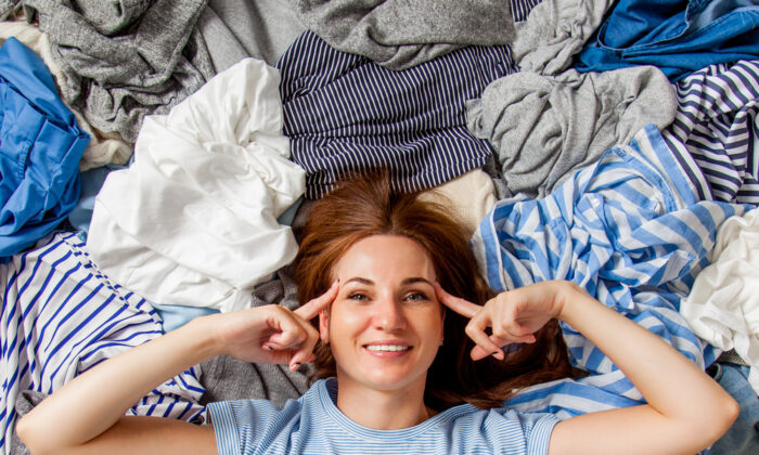 Clutter does not have to control our homes and our lives. (Kostikova Natalia/Shutterstock)